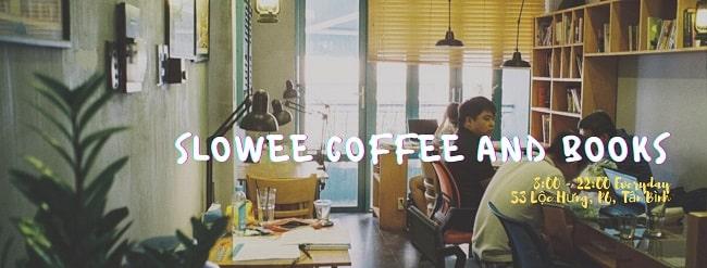Slowee Coffee & Books