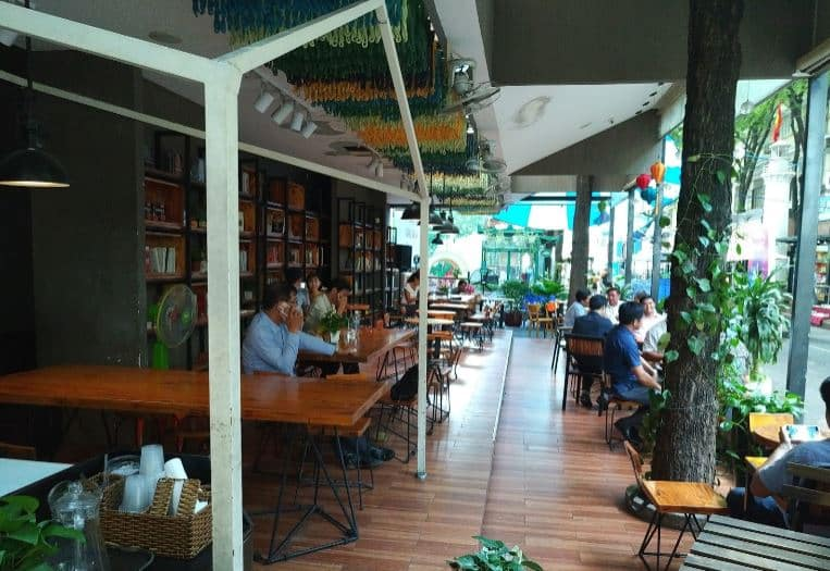 An book Cafe