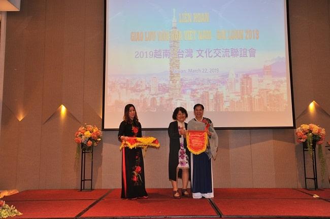 Giao lưu văn hóa việt Nam - Đài Loan - 1