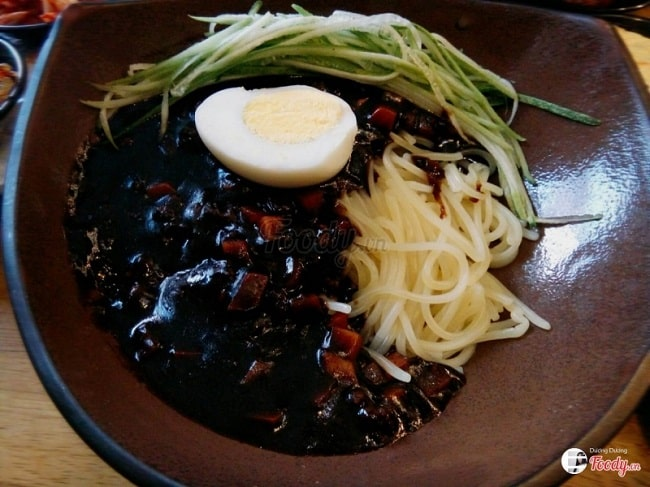 Mì tương tại Hancook Korean Fastfood