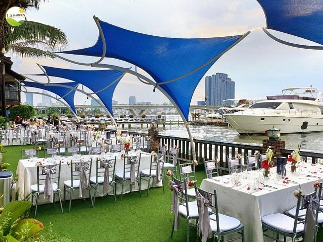 La Garden Restaurant