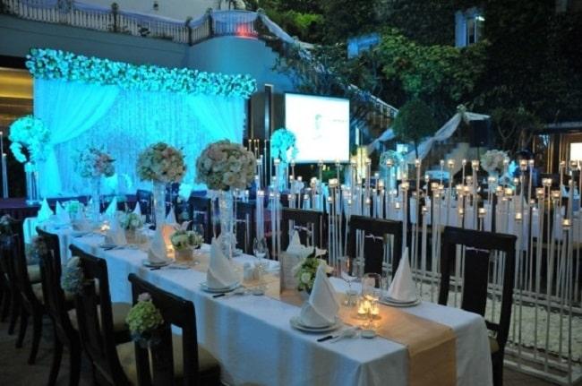 Tổ chức tiệc cưới ngoài trời tại Khách sạn Rex Sài Gòn