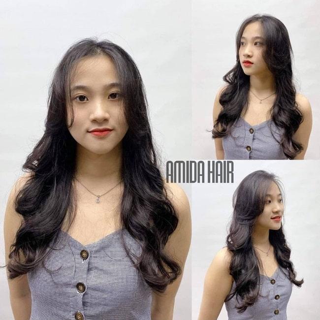 Uốn tóc lượn sóc tại Amida Hair