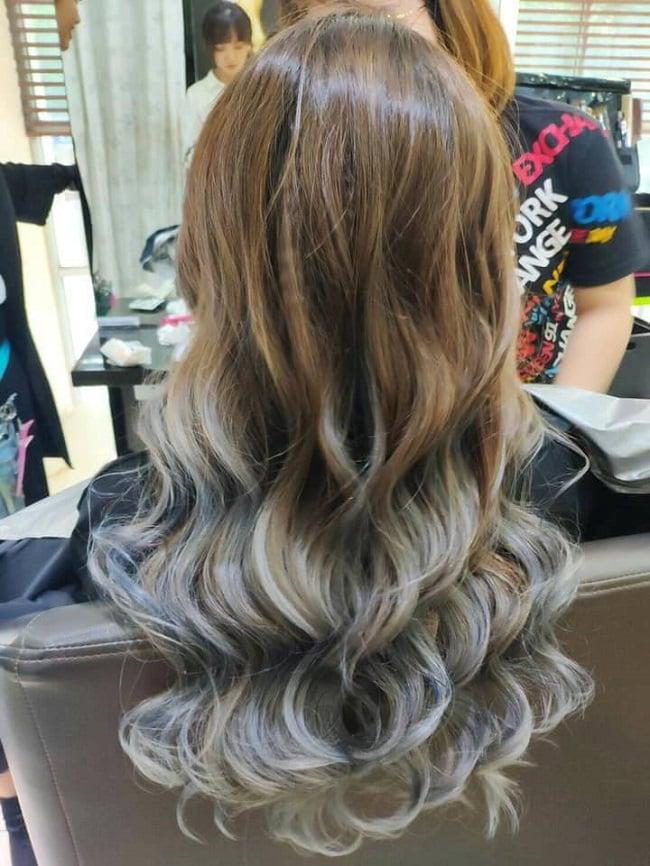 Uốn tóc lượn sóng tại J-first Tokyo