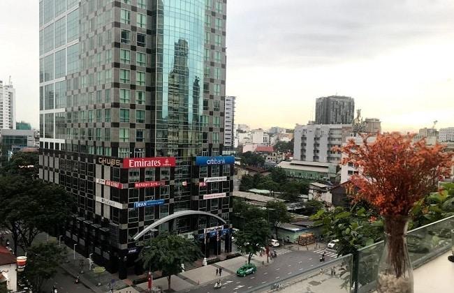 View nhìn phố đi bộ tại Buihaus Coffee