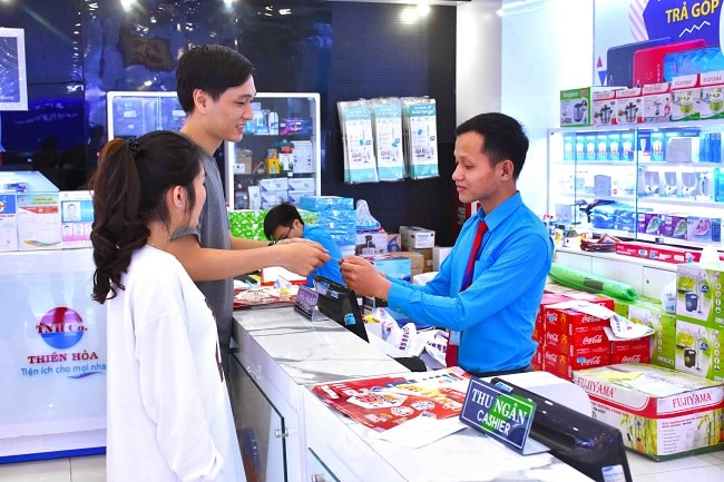 Không gin mua sắm tại Siêu thị Điện máy Thiên Hòa