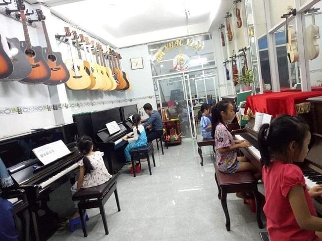 Trung tâm âm nhạc Việt