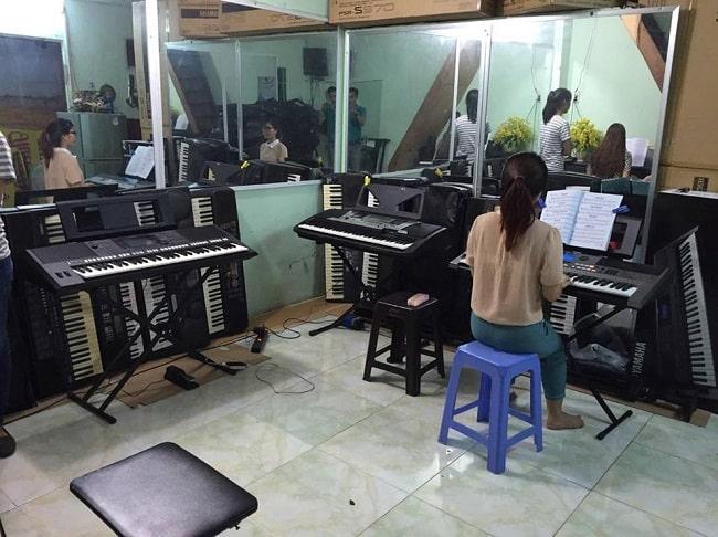 Học organ tại Trung tâm Đào tạo nhạc cụ Thiên Phú