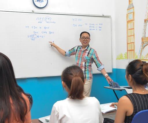 Học tiếng Anh tại Newsky
