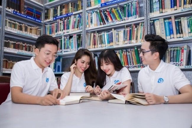 Học biên phiên dịch tại Trường Đại học Khoa học Xã hội và Nhân văn